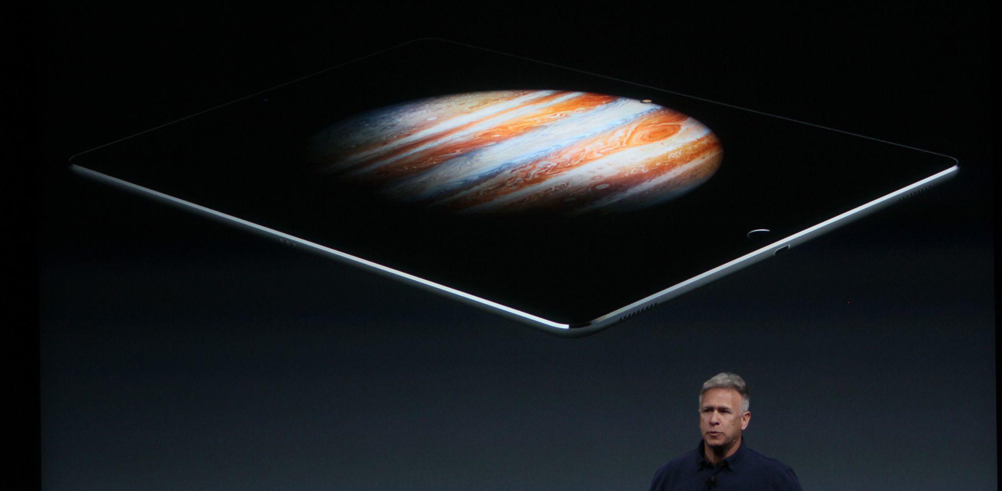 apple-iphone-se-ipad-pro-event-verge-396