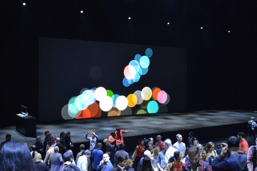 apple-iphone-watch-20160907-3046